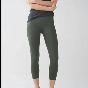 Lululemon zone in tights/leggings